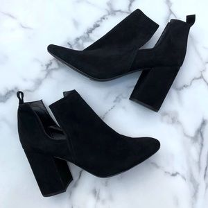Steve Madden   Suede Norelle Heeled Ankle Boot
